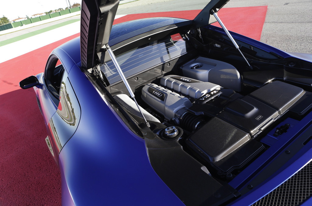 how to open r8 engine cover