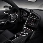 audi-r8-v10-plus-quattro-interior-steering-wheel
