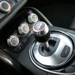 audi-r8-v10-plus-quattro-shifter