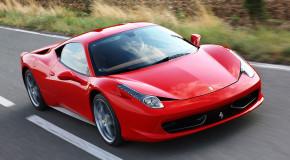 #18 Ferrari 458 Italia (tie)
