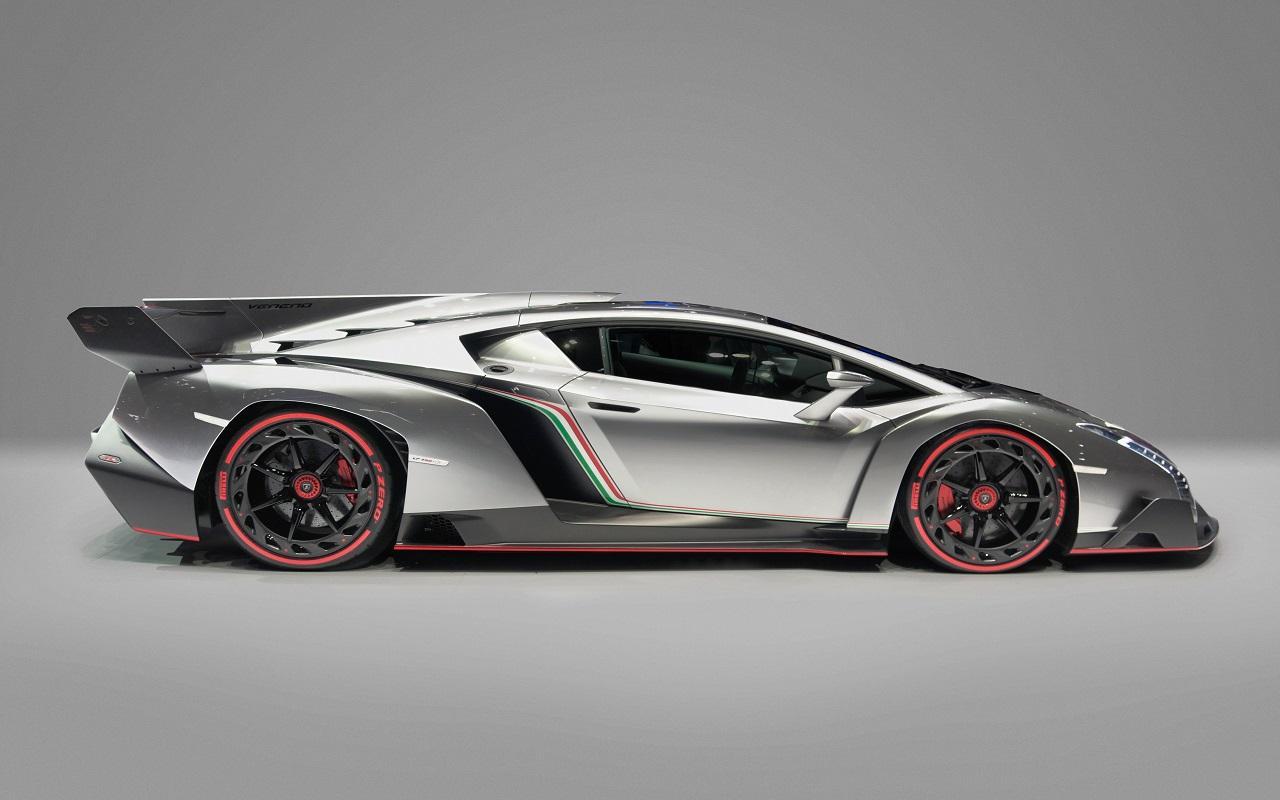 Lamborghini Veneno Side - Top 50 Whips