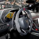 lamborghini-veneno-steering-wheel