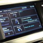 land-rover-range-rover-lr-v8-supercharged-touchscreen-controls