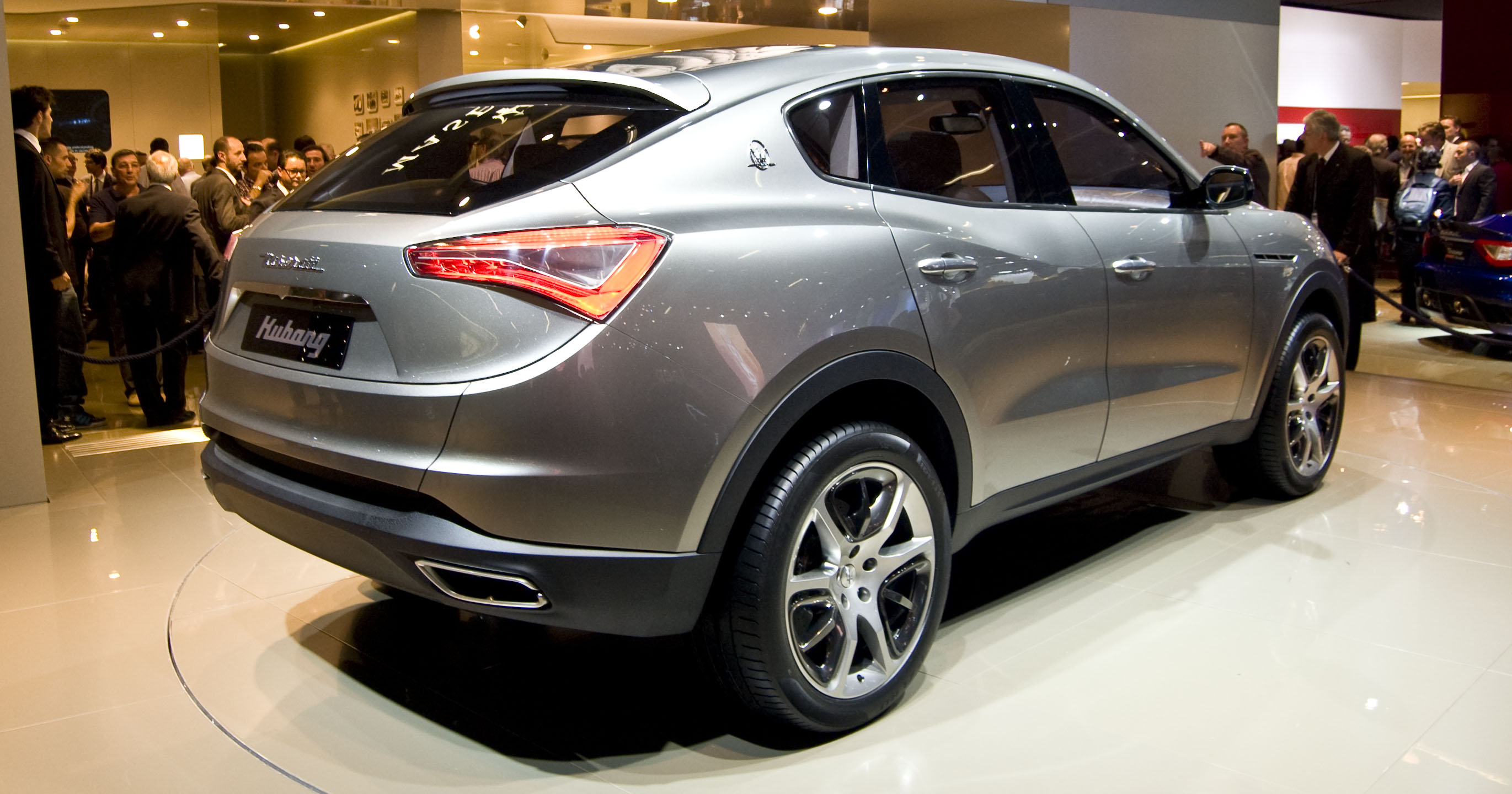 maserati levante suv i want it now ka bang but 2015 seems to be it. Black Bedroom Furniture Sets. Home Design Ideas