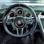 porsche-918-spyder-steering-wheel
